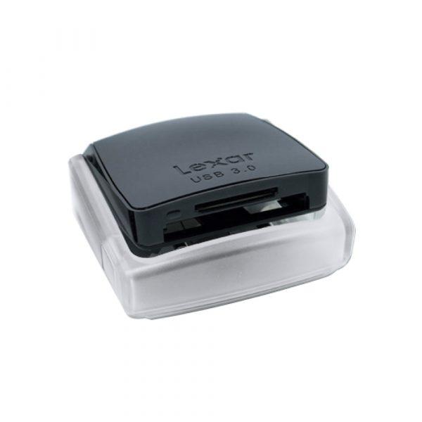 Compact flash reader